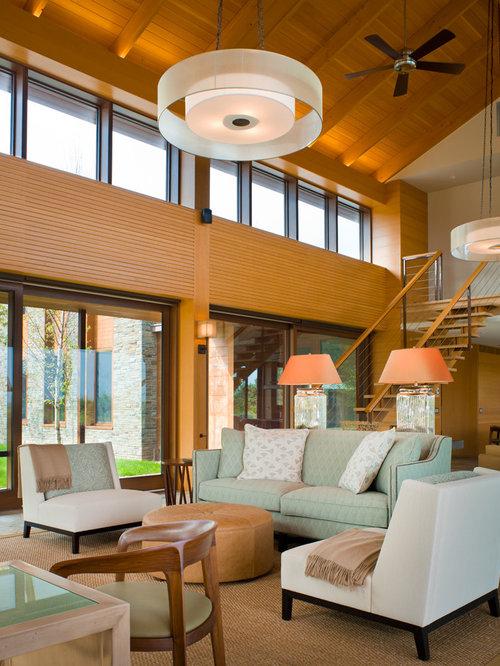 tr s grand salon avec un mur orange photos et id es d co de salons. Black Bedroom Furniture Sets. Home Design Ideas