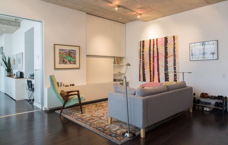 Modern Living Room by Nova Tayona Architects