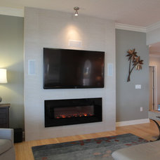Beach Style Family Room by J. S. Perry & Co., Inc.