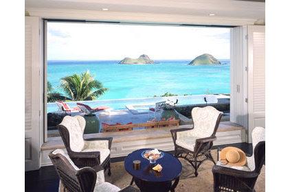 Tropical Living Room by pva.com