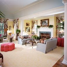 Traditional Living Room by E. B. Mahoney Builders, Inc.