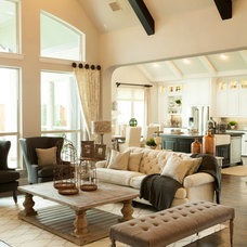 Traditional Living Room by Shaddock Homes