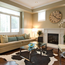 Modern Living Room by Rise Construction - Prince George, BC