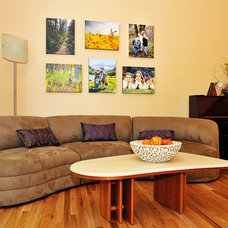 Contemporary Living Room Picture wall in the Living Room