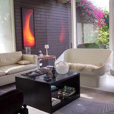 Modern Living Room by pierre senechal