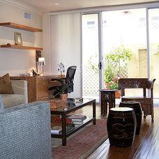 Eclectic Living Room by pierre senechal