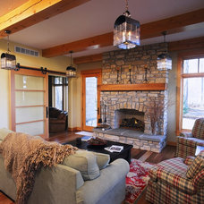 Traditional Family Room by Zahn Builders Inc.