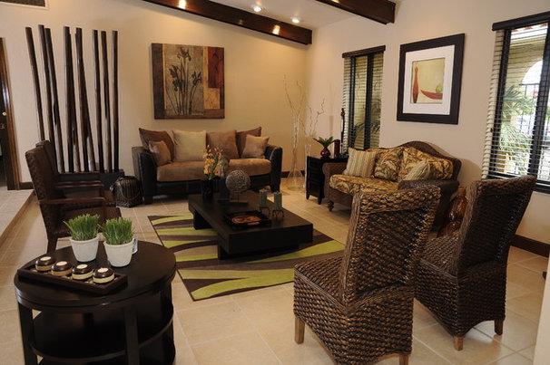 Asian Living Room by Pilar Sierra