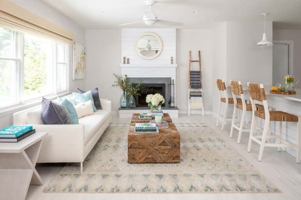 Good Beach Style Living Room By North Fork Design Co.