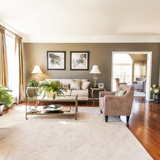 Traditional Living Room by Haverford Homes