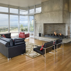 Contemporary Living Room by Glancey Rockwell & Associates