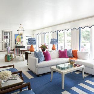 リトルロックのトランジショナルスタイルのおしゃれなLDK (レンガの床、白い壁、白い床) の写真