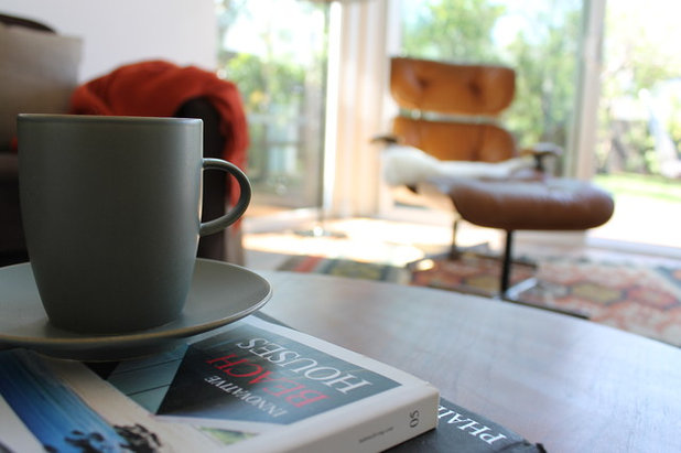 Modern Living Room by Madison Modern Home
