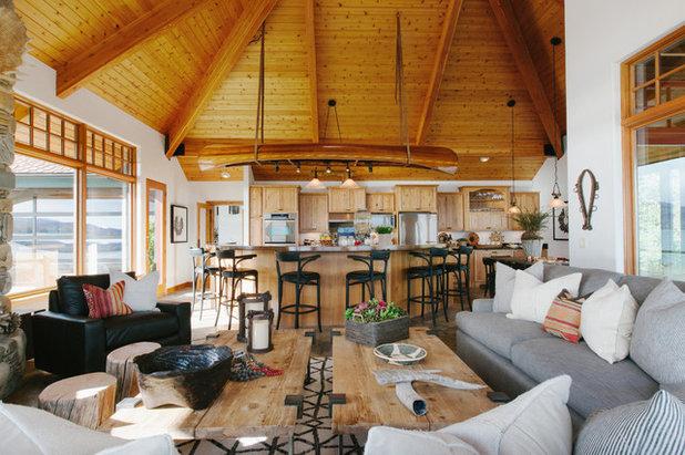 Rustic Living Room by JODI FLEMING DESIGN