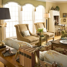 Traditional Living Room by Cynthia Mason Interiors