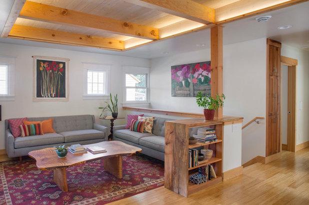 Modern Living Room by Green Hammer
