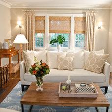 Traditional Living Room by Rajni Alex Design