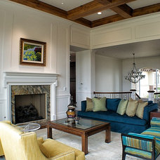 Traditional Living Room by Accents Studio