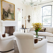 Transitional Living Room by Stocker Hoesterey Montenegro