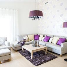 Transitional Living Room by Kuustuba