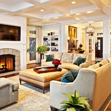Traditional Living Room by MCCORMACK & ETTEN ARCHITECTS LLP