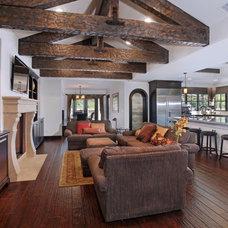 Mediterranean Living Room by Leslie Owen Persohn, Architect