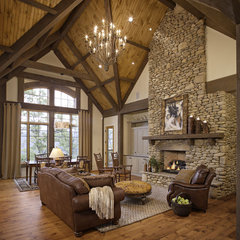 traditional living room by Johnson Architecture