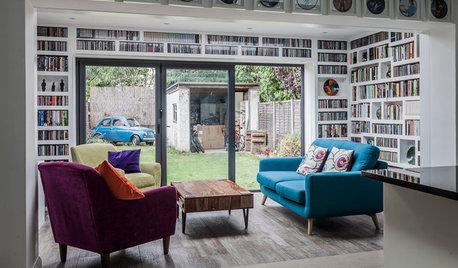 壁面収納が楽しい、家族のためのくつろぎ空間