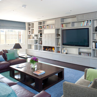 Design ideas for a contemporary living room in London.