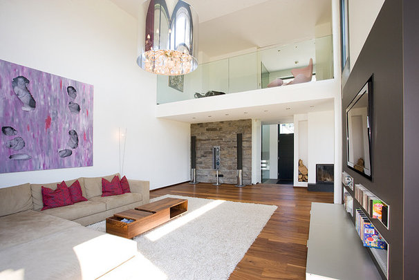 Modern Living Room by AREA Handelsgesellschaft mbH - Linz OÖ