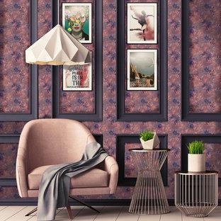 Esempio di un soggiorno vittoriano di medie dimensioni e aperto con libreria, pareti rosa, pavimento in legno verniciato e pavimento rosa