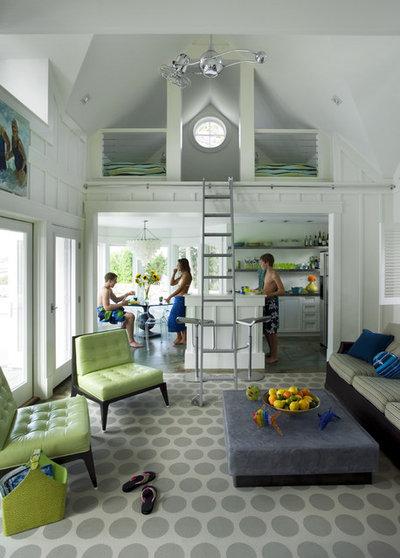 Beach Style Living Room by Siemasko + Verbridge