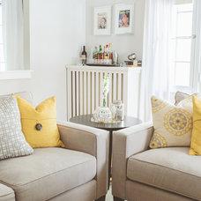 Transitional Living Room by de[luxe] design studio