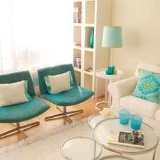 Contemporary Living Room by Ana Antunes Homestyling
