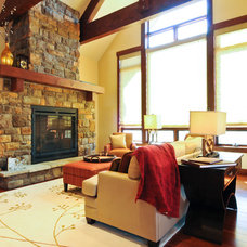 Traditional Living Room by bhh Partners Planners / Architects