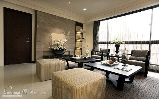 Asian Living Room by Sinyi Realty