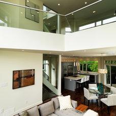 Modern Living Room by Art House Developments