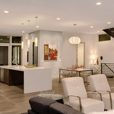 Modern Living Room by Seattle Staged to Sell and Design LLC