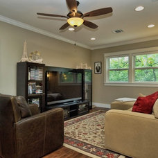 Traditional Living Room by Moazami Homes