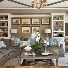Traditional Living Room by Studio 80 Interior Design