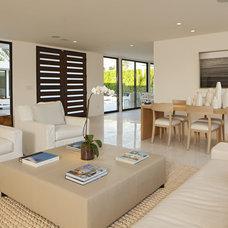 Modern Living Room by Martin Kobus Home