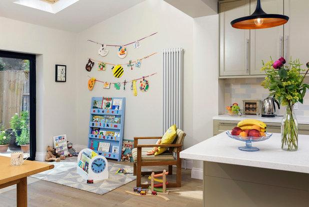 Minimalistisch Wohnbereich by Tidy Books