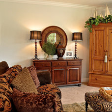 Traditional Living Room by Tracy Catanzarite