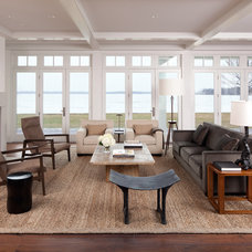 Transitional Living Room by Streeter & Associates, Inc.