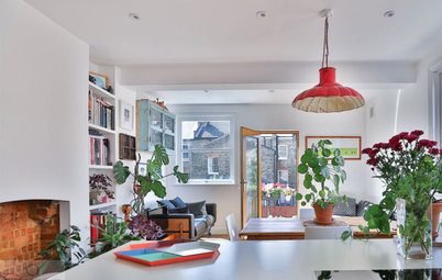 Houzz Tour: Relaxed Vintage Style in a Once-neglected Flat
