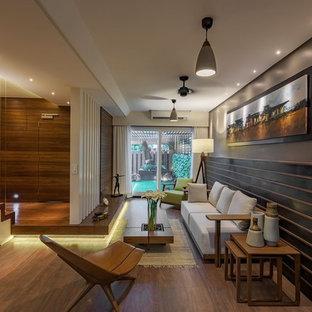 Kleines Modernes Wohnzimmer in Mumbai