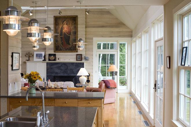 Modern Living Room by Burr & McCallum Architects