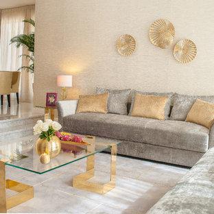 他の地域の中サイズのシャビーシック調のおしゃれなLDK (フォーマル、グレーの壁、リノリウムの床、暖炉なし、タイルの暖炉まわり、テレビなし) の写真