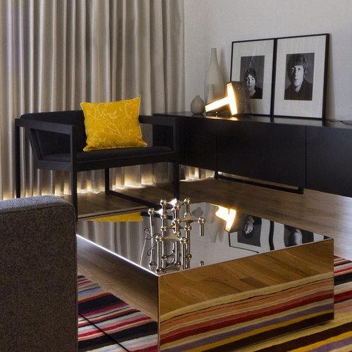 Hyperion Contemporary Living Room