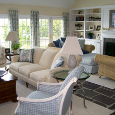Beach Style Living Room by Lawrence Mayer Wilson Interiors